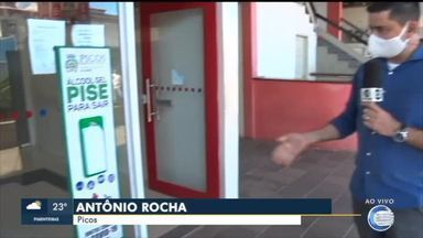 Prefeitura de Picos instala pontos de higienização pela cidade - Prefeitura de Picos instala pontos de higienização pela cidade