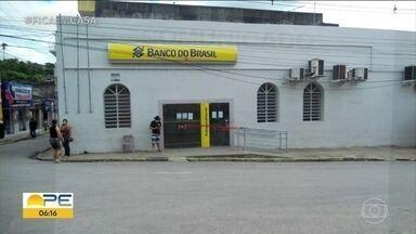 Prefeitura de Bom Jardim decide fechar as ruas do centro da cidade - Município tem 11 casos confirmados e a agência do Banco do Brasil foi fechada poque todos os funcionários apresentaram sintomas da Covid-19.