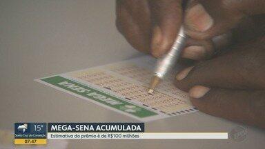 Prêmio da Mega Sena acumula em R$ 100 milhões - Apostas podem ser feitas pela internet.