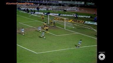 Pedro Ernesto Denardin comenta primeiro título tricolor na Libertadores em 1983 - Assista ao vídeo.