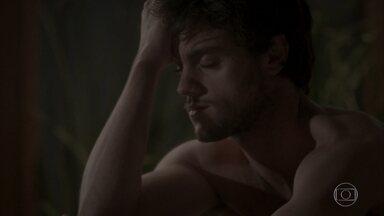 Jonatas acorda sem lembrar de nada - Eliza diz que vai embora sozinha. Jonatas questiona Jamaica sobre seu comportamento na festa. Fabinho e Leila fazem as pazes