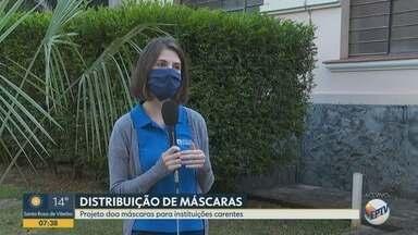 Projeto de alunos da USP distribui máscaras para comunidades carentes em Ribeirão Preto - O uso da máscara é obrigatório em espaços públicos no estado de São Paulo para evitar a proliferação do novo coronavírus.