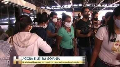 Prefeitura de Goiânia publica decreto que estabelece 11 horário diferentes para atividades - A tentativa é de acabar com as aglomerações nos ônibus.