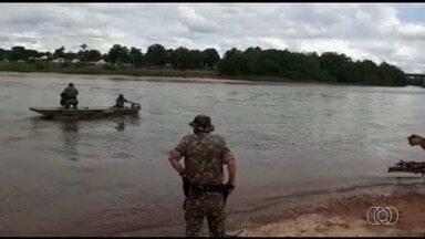Polícia Ambiental fiscalizam a pesca predatória em Goiás - Eles percorrem todo o Rio Araguaia no município de Aragarças orientando população e combatendo irregularidades.