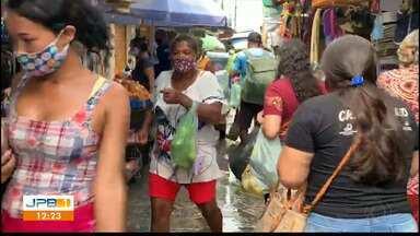 Imagens mostram movimentação em feira pública, em Santa Rita - Feira pode ser aberta na cidade; população deve usar proteção.