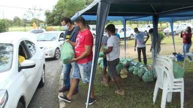 Produtores familiares em Feira de Santa vendem frutas e legumes em sistema drive thru - Veja como funciona a iniciativa.