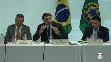 Presidente Bolsonaro faz série de ataques a adversários políticos e instituições - Jornal da Globo mostra ataques de Bolsonaro a governadores e imprensa.