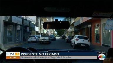 Governo do Estado de São Paulo antecipa feriado de 9 de Julho - Adiantamento foi para esta segunda-feira (25).