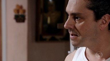 Baltazar fala mal de Solange e faz Celeste perder a paciência - Celeste se irrita com o marido por pegar no pé da filha