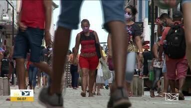 Aumenta a movimentação de pessoas na Rua Grande em São Luís - Teve fiscalização nas lojas para saber se elas estão cumprindo com a determinação estadual.