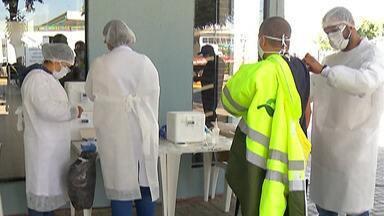 Caminhoneiros são vacinados contra gripe no Corredor Ayrton Senna/Carvalho Pinto - Até esta sexta-feira (28), caminhoneiros que estiverem pelo corredor podem se vacinar gratuitamente contra a gripe.