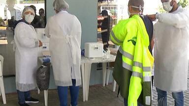 Caminhoneiros podem receber vacinas contra gripe até quinta-feira - A vacinação gratuita está ocorrendo no corredor Ayrton Senna – Carvalho Pinto.