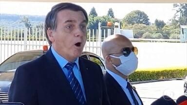 Bolsonaro volta a se manifestar contra operação do inquérito das fake news - A operação atingiu empresários e blogueiros aliados ao presidente. Nesta quinta (28), autoridades e políticos repercutiram as declarações de Bolsonaro e do deputado Eduardo Bolsonaro.