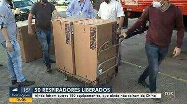 Respiradores retidos no aeroporto de Florianópolis são liberados e passam por avaliação - Respiradores retidos no aeroporto de Florianópolis são liberados e passam por avaliação