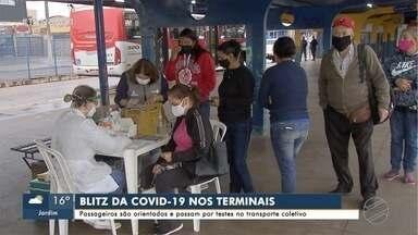 Prefeitura monta blitz com testes rápidos nos terminais de ônibus em Campo Grande - Segundo secretário, medida serve para identificar circulação do vírus e reforçar cuidados.