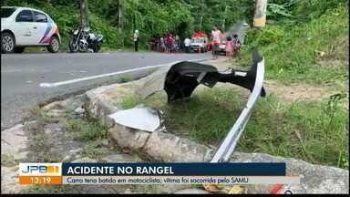Carro bate em motociclista e foge, em João Pessoa - Acidente aconteceu no bairro do Rangel.