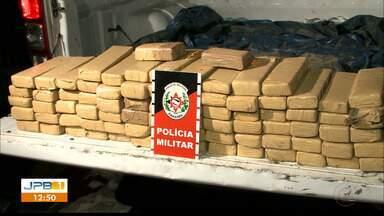 Quatro homens são presos com tabletes de maconha - Apreensão foi feita pela Polícia Militar em Bayeux, na Região Metropolitana de João Pessoa.