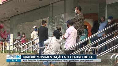Após feriadão, movimentação intensa é registrada no Centro de Campina Grande - Houve congestionamento e muita gente pelas principais ruas.
