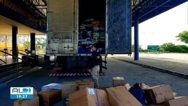 PRF apreende cerca de 60 mil reais em produtos falsificados - Apreensão ocorreu na zona rural de Canapi, sertão de Alagoas.