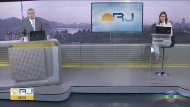 Bom Dia Rio - Edição de quinta-feira, 11/06/2020 - As primeiras notícias do Rio de Janeiro, apresentadas por Flávio Fachel, com prestação de serviço, boletins de trânsito e previsão do tempo.