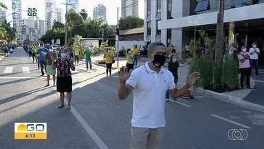 Confira como foi celebração de Corpus Christi em Goiânia - Membros de uma igreja evangélica realizaram uma ação em comemoração à data.