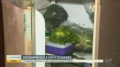 Covid-19: sem renda devido à pandemia, famílias buscam alternativas para a subsistência - Crise e desemprego trouxeram dificuldades para o dia a dia de moradores de Piracicaba (SP).