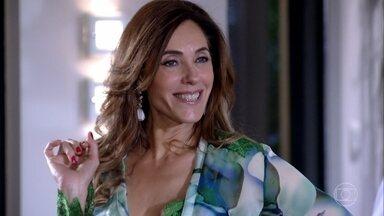 Tereza Cristina convida René para jantar com o novo namorado de Patrícia - A dondoca escolhe a data da festa de Griselda para promover o jantar. René avisa que não vai comparecer