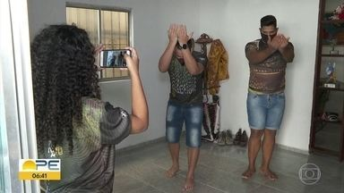 Quadrilhas contam com ajuda da tecnologia para celebrar festas juninas durante pandemia - Vídeos e lives de coreografias aproximam dançarinos e não deixam período passar em branco.
