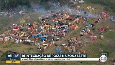 Tem reintegração de posse na zona leste - 900 famílias em situação vulnerável serão retiradas de terreno de Guaianazes.