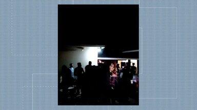 Página expõe festa lotada com convidados sem máscara em Rio Branco - Página expõe festa lotada com convidados sem máscara em Rio Branco