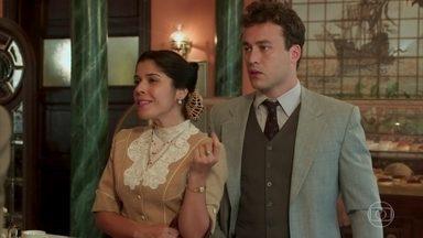 Romeu se incomoda ao ver Olga com Fábio - Olga diz que tem apenas amizade com Romeu