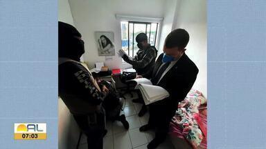 Advogada e servidor do Fórum de Parupueira são presos em operação do MP-AL - Servidor é suspeito de favorecer processos da advogada em troca de dinheiro.