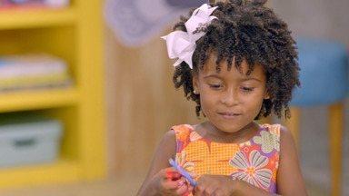 Quarto de Jardim - A pequena Isabela ama jardins e cultiva um sonho de transformar seu quarto que não tem muito da sua personalidade. O Lugar de Criança vai ajudá-la a fazer esse novo cantinho florescer.