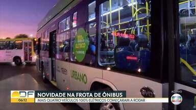 A frota do DF ganhou mais quatro ônibus elétricos - Cada um desses ônibus custou R$ 1,7 milhão. São da linha Rodoviária do Plano Piloto/ Praça dos Três Poderes.