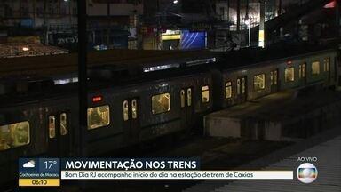 #BDRJ mostra movimentação nos trens, em Caxias - Início da manhã foi tranquilo.