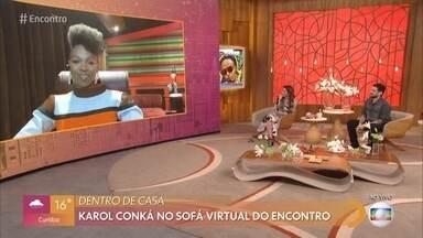 Karol Conka abre seu guarda-roupa para o 'Encontro' - Cantora diz que adora se produzir e afirma que se arruma para agradar a si mesma. Karol fala de sua falecida avó, que a ensinou a enfrentar o racismo e o machismo