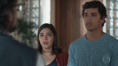 Roney diz não saber se consegue perdoar Keyla e Tato - Benê fica nervosa ao ouvir Tonico chorando e interrompe a discussão para pegar o bebê. Ela conta a Josefina que Deco é o pai de Tonico