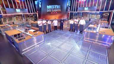 Programa de 09/07/2020 - Competição entre chefs profissionais apresentada por Claude Troisgros e Batista. Com os mestres Leo Paixão, Kátia Barbosa e José Avillez, e a cobertura de Monique Alfradique.