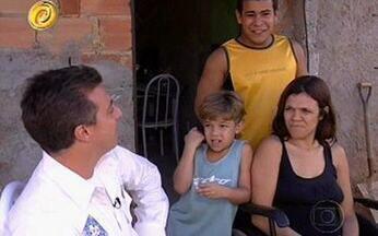 LAR DOCE LAR – Uma família muito especial - Conheça a família Carvalhal, de Duque de Caxias, Rio de Janeiro. Maria Cristina prova que não existe barreira que supere amor, força e união