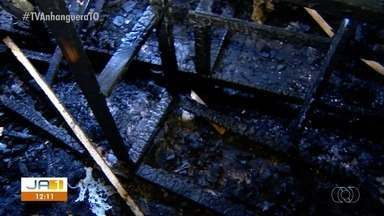 Acidente elétrico provoca incêndio em casa na capital - Acidente elétrico provoca incêndio em casa na capital