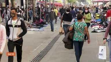 Brasil ultrapassa 2 milhões de infectados pela Covid-19 - Nas últimas 24h foram 43.829 novos casos no país. Os dados são do consórcio de veículos de imprensa.