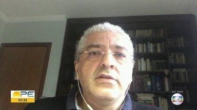 Recife está no caminho para resolver crise da Covid-19, aponta pesquisador da USP - Professor do Instituto de Matemática e Estatística da USP, Renato Vicente avalia Recife como destaque entre as capitais do país no enfrentamento ao novo coronavírus