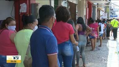 Santa Inês tem o maior número de infectados pelo novo coronavírus - Flagrantes de aglomeração são comuns nas ruas do Centro, em lojas e filas de lotéricas e agências bancárias.