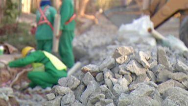 Moradores de Itaquaquecetuba reclamam de falta de água encanada e rede de esgoto - As reclamações são dos moradores da Rua José do Patrocínio, no Parque Residencial Marengo Baixo.