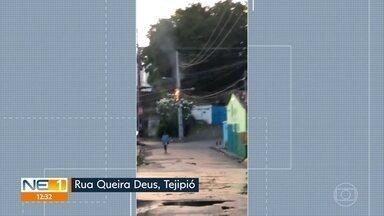 Dois postes são atingidos por incêndio em Tejipió, no Recife - Celpe informou que fogo começou em instalações clandestinas de internet