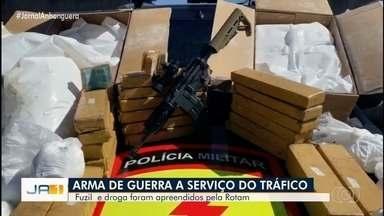Rotam apreende arma e drogas, em Goiânia - Segundo a polícia, arma era utilizada por facção criminosa.