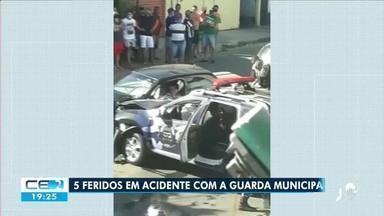 Acidente no bairro Serrinha deixa 5 feridos - Saiba mais em g1.com.br/ce