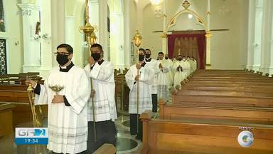 Catedral do Sagrado Coração de Jesus realiza a primeira ordenação presbiterial deste ano - Este é um momento especial para igreja católica.