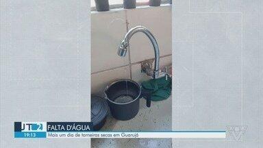 Moradores de Guarujá continuam se queixando de falta de água - Sabesp informou que mandará caminhões pipa para os endereços.