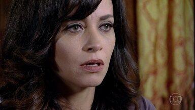 Joana não encontra arquivo no laptop - Ela pega o antigo laptop de sua irmã e fica surpresa ao descobrir que pasta com gravação sobre o segredo de Tereza Cristina sumiu